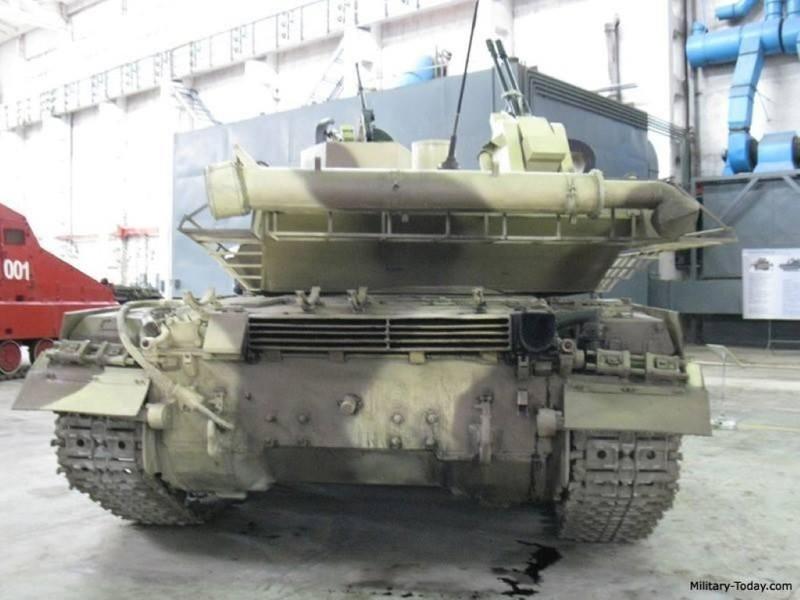 Xe tang T-64E Ukraine thanh ke huy diet nho phao tu dong 2 nong cuc manh-Hinh-9