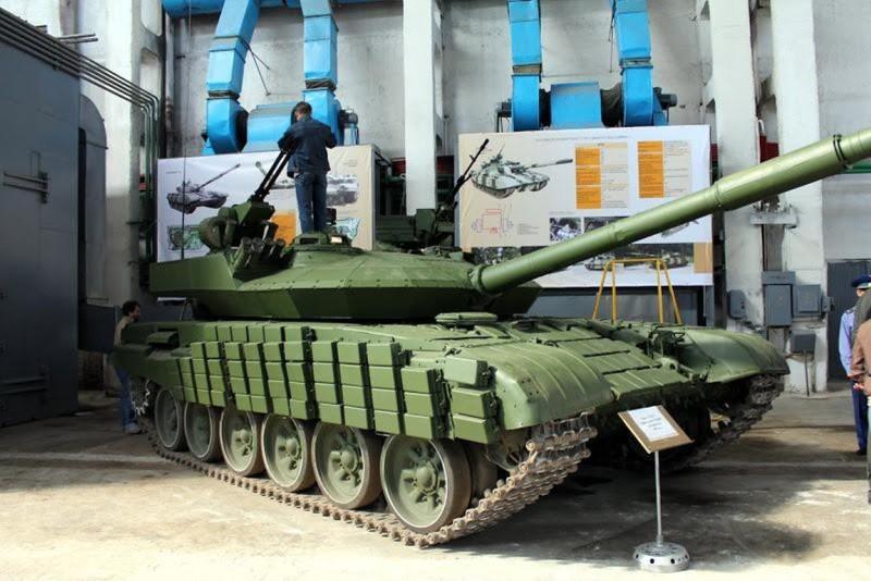 Xe tang T-64E Ukraine thanh ke huy diet nho phao tu dong 2 nong cuc manh