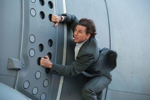 Tom Cruise gap rac roi khi quay canh tai nan tau hoa-Hinh-4