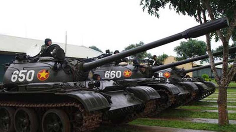 Mau xe tang T-54 doc nhat vo nhi Viet Nam dang so huu-Hinh-14