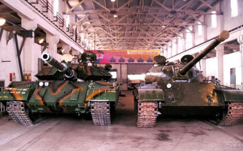 Mau xe tang T-54 doc nhat vo nhi Viet Nam dang so huu-Hinh-15