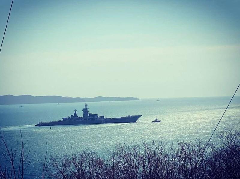 Giờ khắc cuối cùng của Đô đốc Lazarev trước khi bị rã sắt vụn