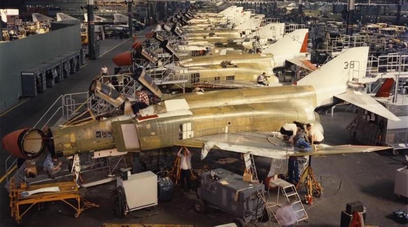 F-4E Phantom II, cu sua sai cua My sau khi rung toi ta tren bau troi Viet Nam-Hinh-16