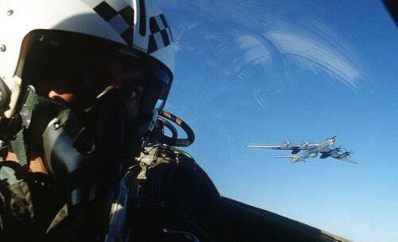 F-4E Phantom II, cu sua sai cua My sau khi rung toi ta tren bau troi Viet Nam-Hinh-17