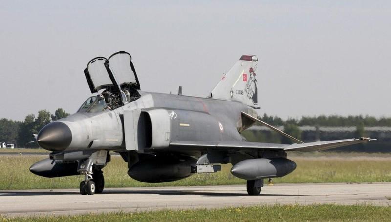 F-4E Phantom II, cu sua sai cua My sau khi rung toi ta tren bau troi Viet Nam-Hinh-19
