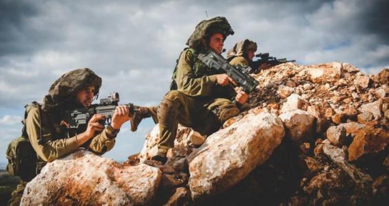 Sức mạnh súng trường tấn công TAR-21 trong tay binh sĩ Israel