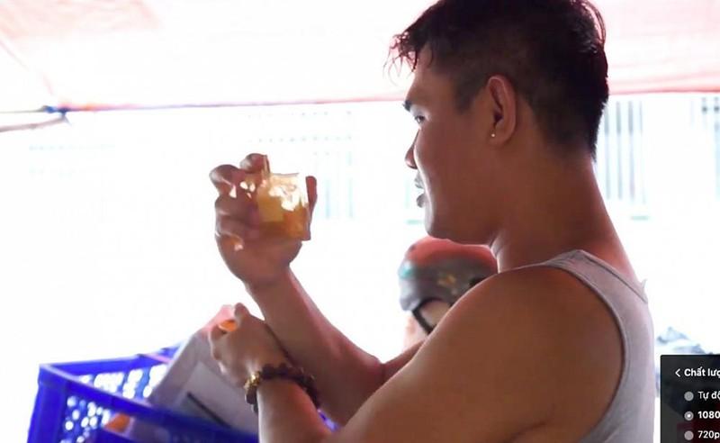 Le Duong Bao Lam tung nho cong an khi bi to ban nuoc hoa gia-Hinh-9