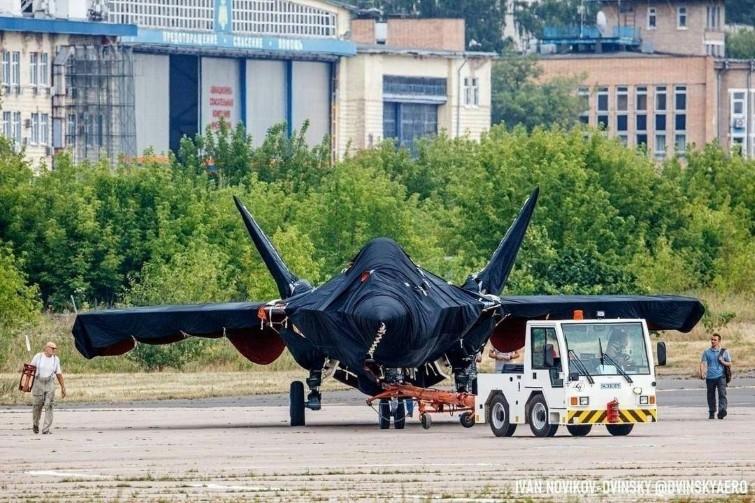 Tiêm kích T-75 Chiếu Tướng của Nga có thể dành cho tàu sân bay