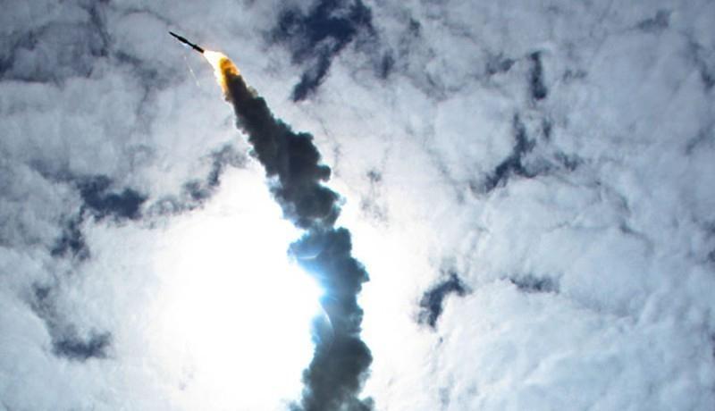 Phóng 4 tên lửa tốn 20 triệu USD, Mỹ phá hủy được một mục tiêu