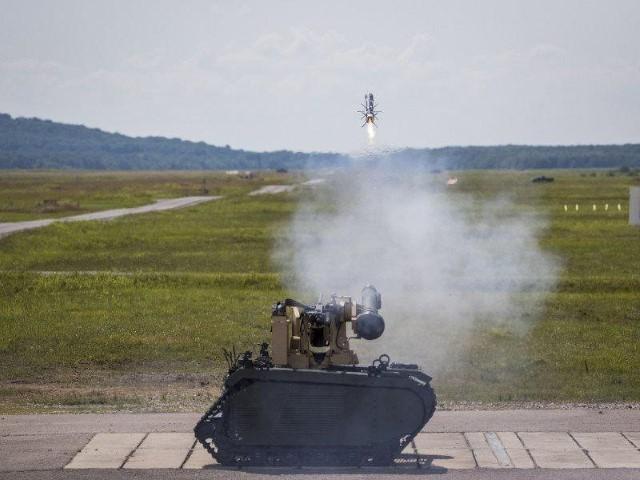 Mỹ thử nghiệm robot chiến đấu, hỏa lực thua xa sản phẩm của Nga