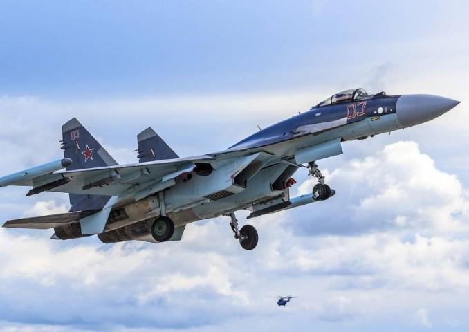 Suc manh may bay tiem kich Su-35 Nga vua gap nan-Hinh-6