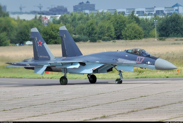 Suc manh may bay tiem kich Su-35 Nga vua gap nan-Hinh-8