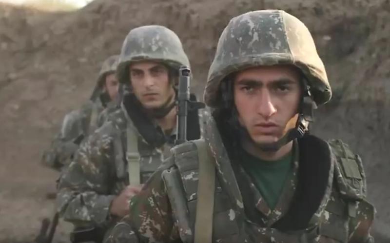 Nong: Azerbaijan 'vuot rau hum', tan cong luc luong gin giu hoa binh Nga!-Hinh-7