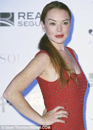 """Het hon"" voi guong mat khac la cua Lindsay Lohan-Hinh-5"
