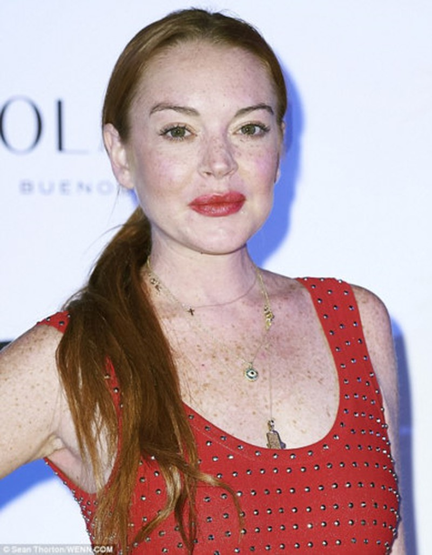 """Het hon"" voi guong mat khac la cua Lindsay Lohan-Hinh-9"
