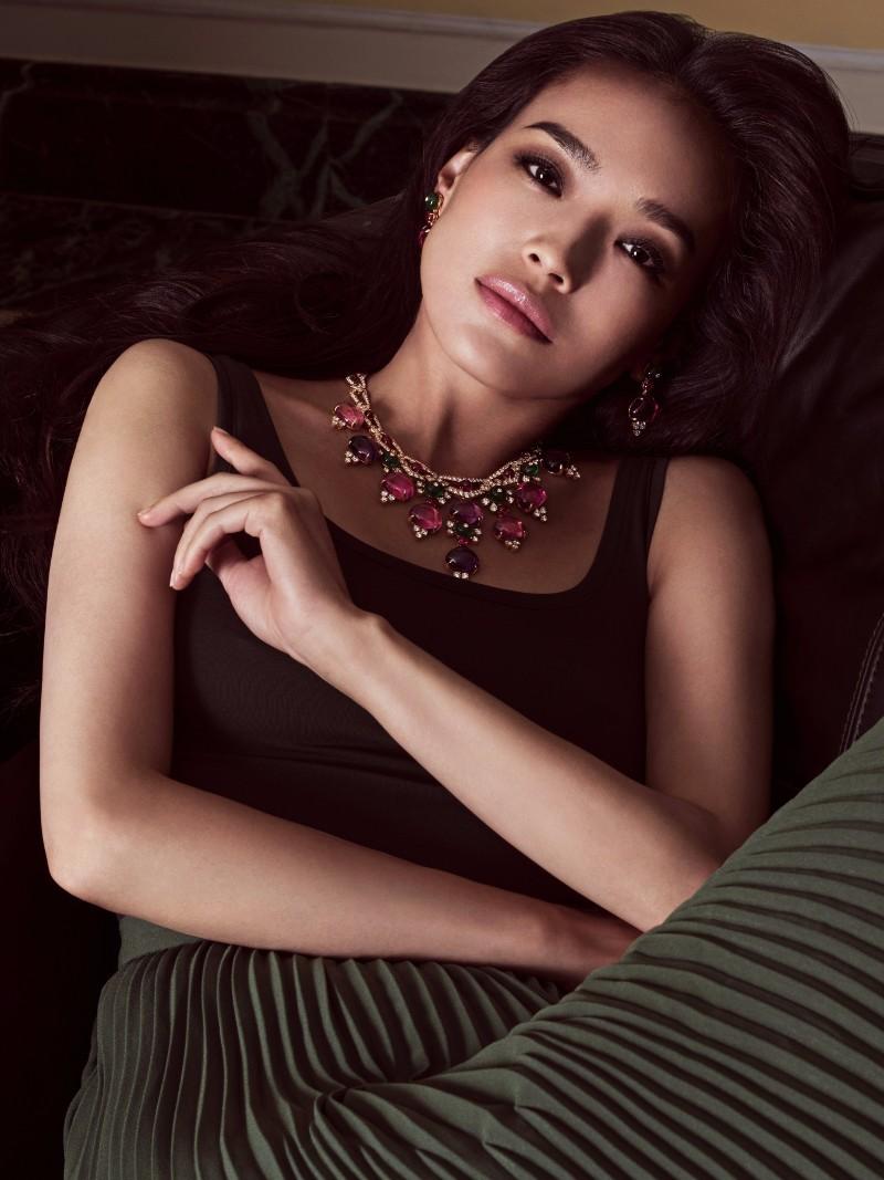 Thu Ky vuong tin don dinh liu quan tham co 100 nhan tinh