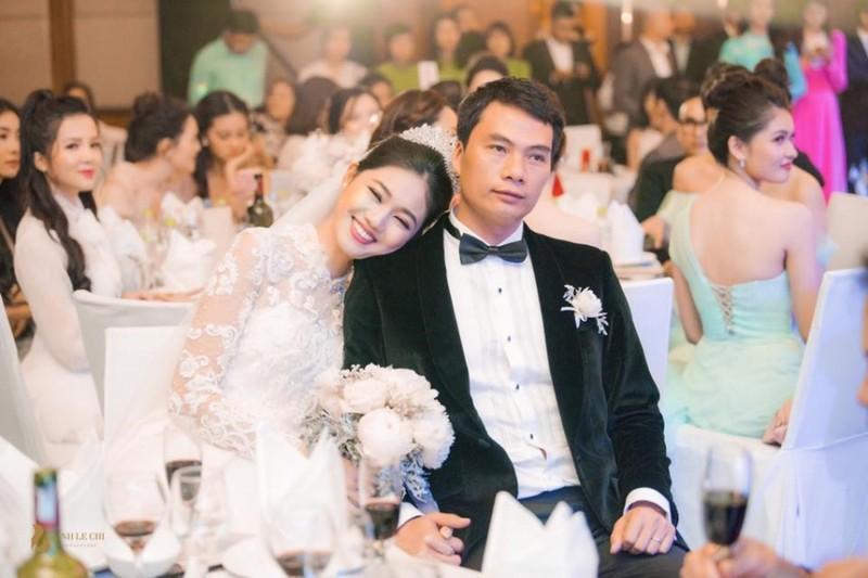 A hau Thanh Tu lam dieu bat ngo sau 1 thang ket hon voi chong dai gia-Hinh-2