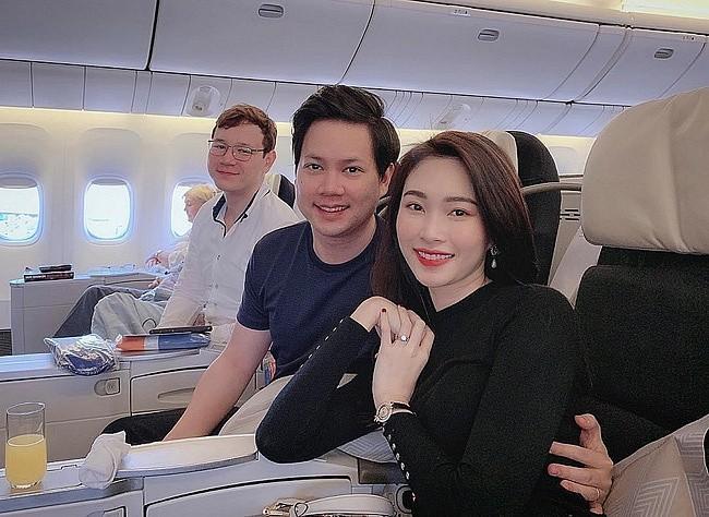 Dang Thu Thao du xuan dau nam khong quen khoe em chong