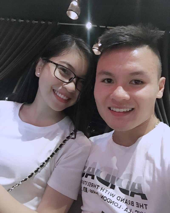 Nhat Le noi ve nguoi dan ong yeu minh vo dieu kien khong phai Quang Hai-Hinh-2