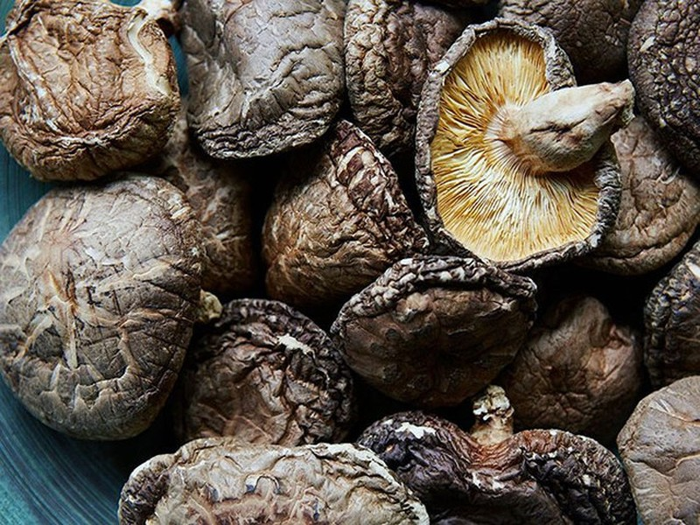 Nam huong Nhat gia 10 trieu/kg van duoc