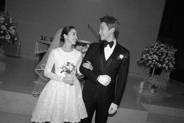 Ly do Kim Tae Hee - Bi Rain quyet khong lo dien con gai