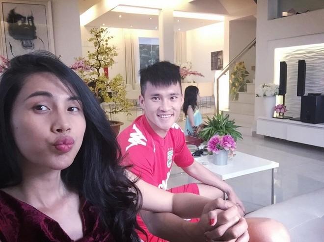Thuy Tien bi Cong Vinh