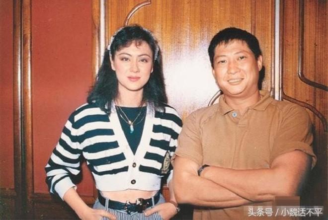 Ve dep nghieng thanh cua my nu khien Hong Kim Bao bo vo-Hinh-2