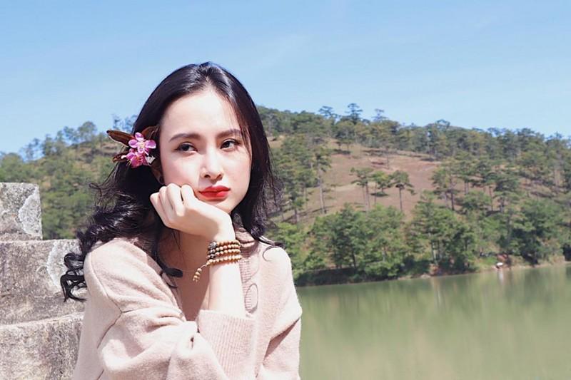 Angela Phuong Trinh gay soc voi ve ngoai gay go, xuong sac-Hinh-4