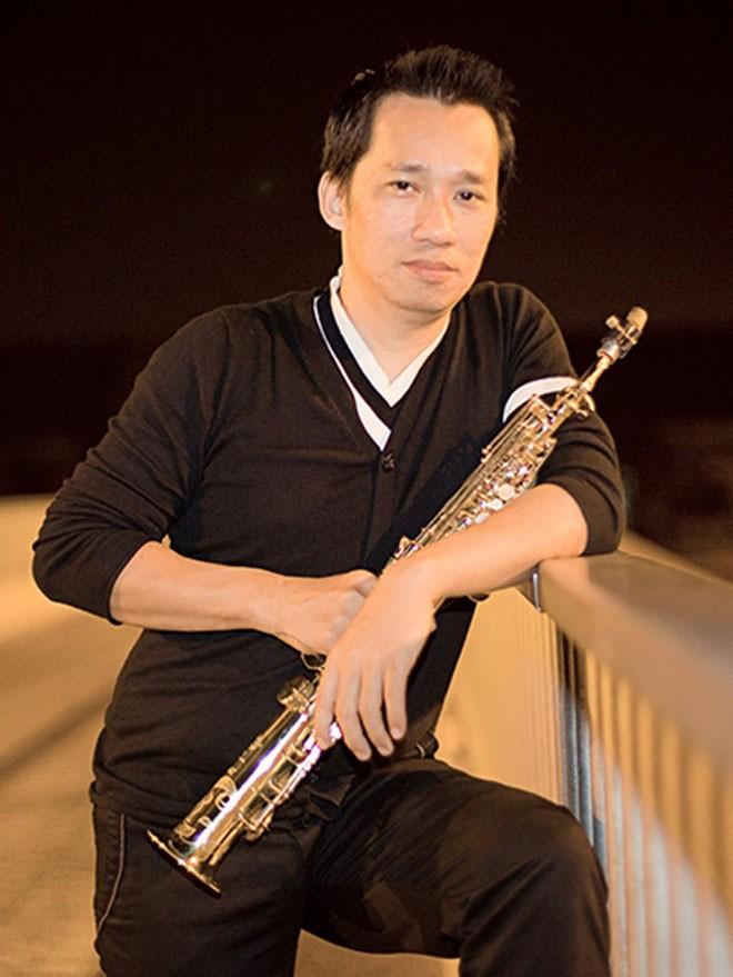 NS saxophone Xuan Hieu bi ung thu tiet nieu giai doan cuoi