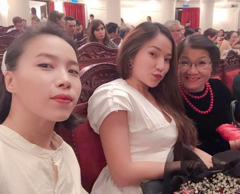 Moi quan he thuc su cua Ly Phuong Chau va gia dinh Hien Sen