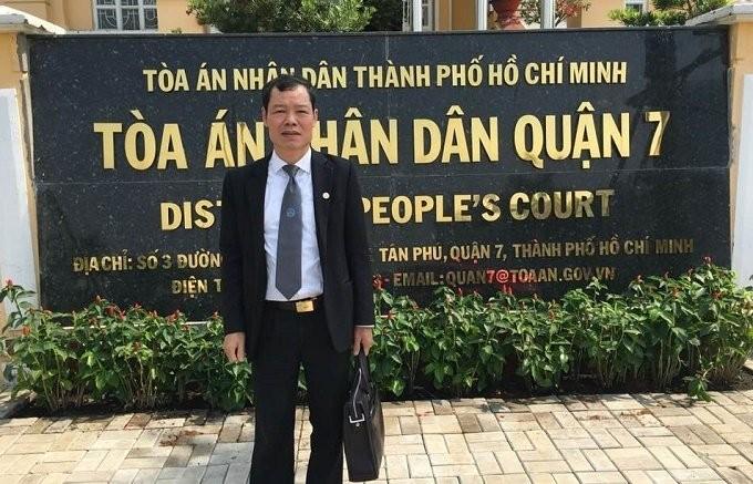Vo om het tai san nuoi nhan tinh, chong hanh dong la