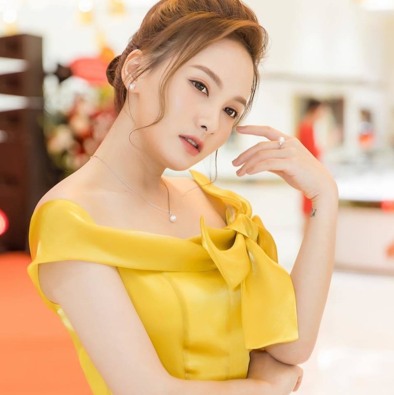 Bao Thanh tiet lo ve muc luong khong du tien thue nha