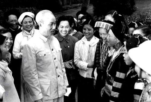 Lich su va y nghia ngay Phu nu Viet Nam 20/10