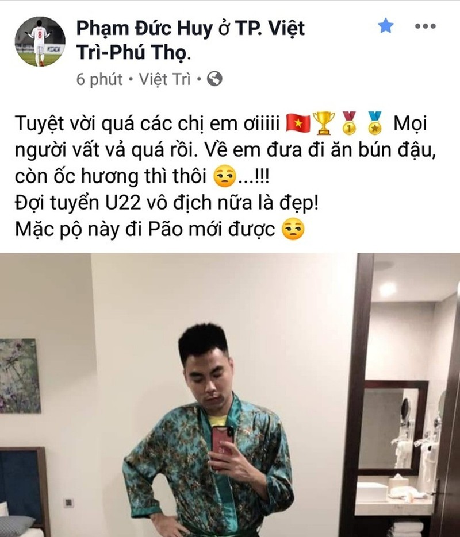 Pham Duc Huy moi ca doi nu Viet Nam di an bun