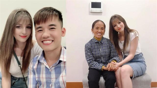 Ba Tan Vlog cung con trai chup anh voi gai xinh, nghi dau tuong lai-Hinh-2