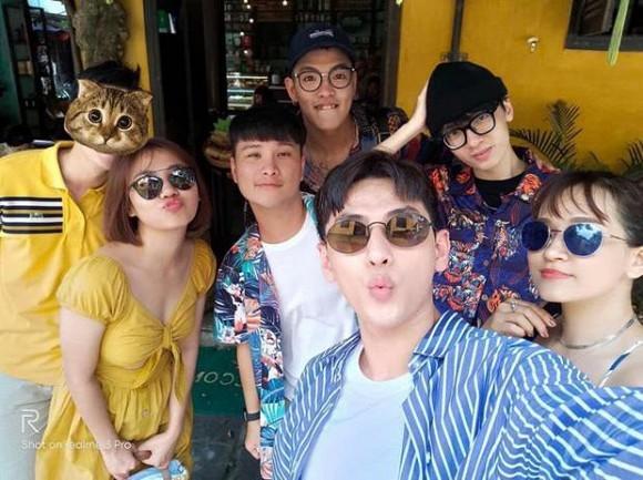 Bi anti fan 'ca khia', Van Mai Huong xoay lai sau vay-Hinh-2