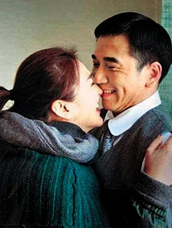 Nam than mot thoi cua TVB: 3 doi vo, lua tien ban gai-Hinh-7