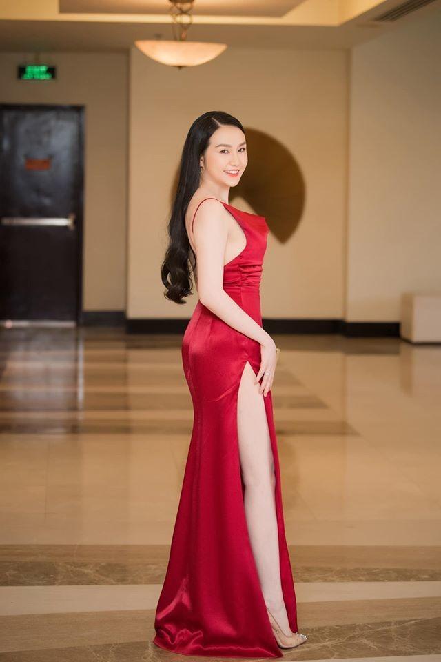 Vo Tuan Hung: 'Gai 3 con' van sexy nghet tho-Hinh-5
