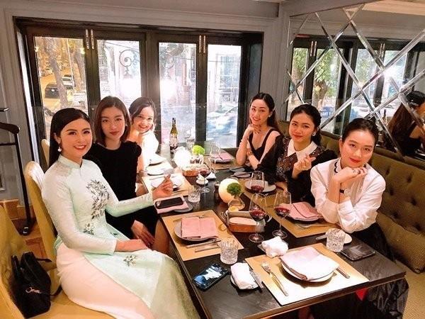 Hoi ban than Do My Linh mua tui nhom sang chanh 300 trieu/nguoi-Hinh-3