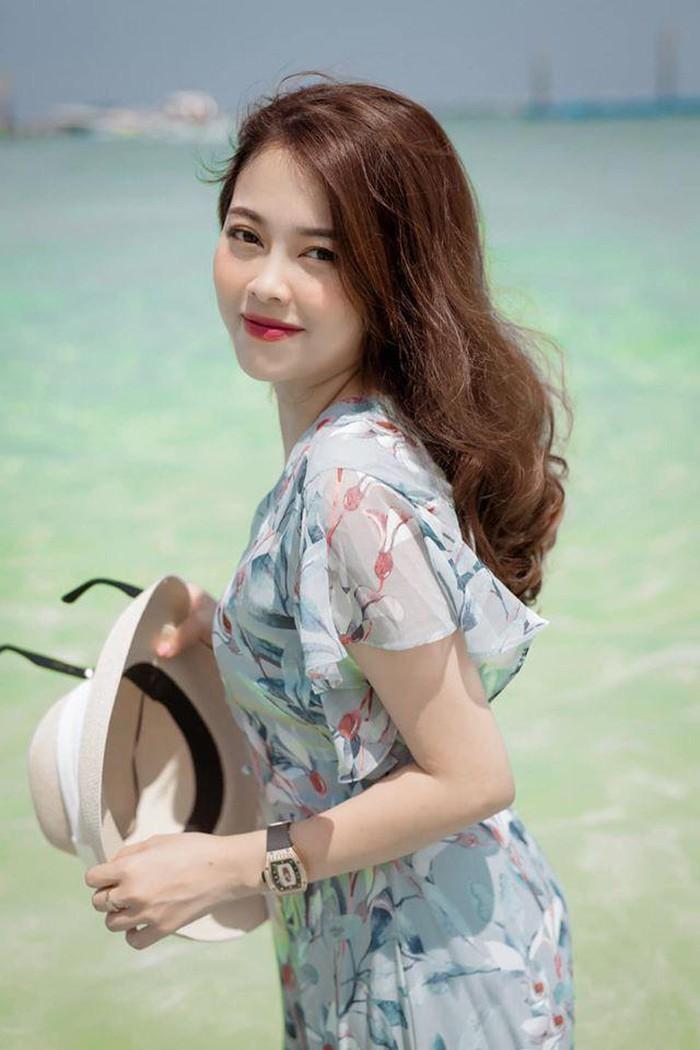 Nhan sac 'cang de cang dep' cua hotmom Hang Tui-Hinh-3