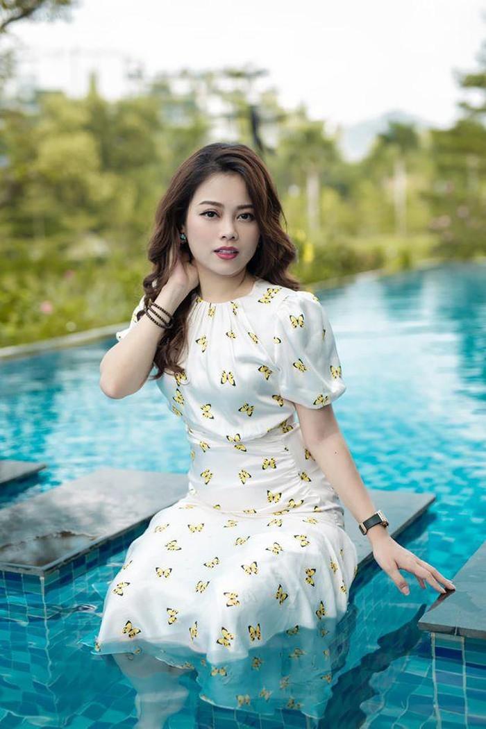 Nhan sac 'cang de cang dep' cua hotmom Hang Tui-Hinh-4