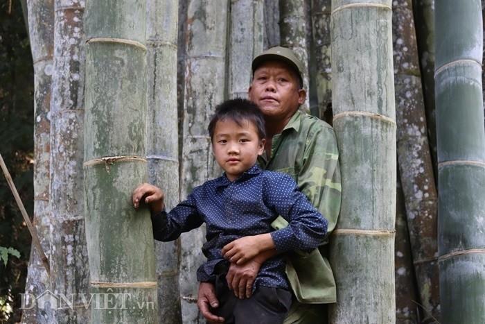 Ngoi nha hiem co Viet Nam lam tu 4000 cay dua gia 6 ty-Hinh-4