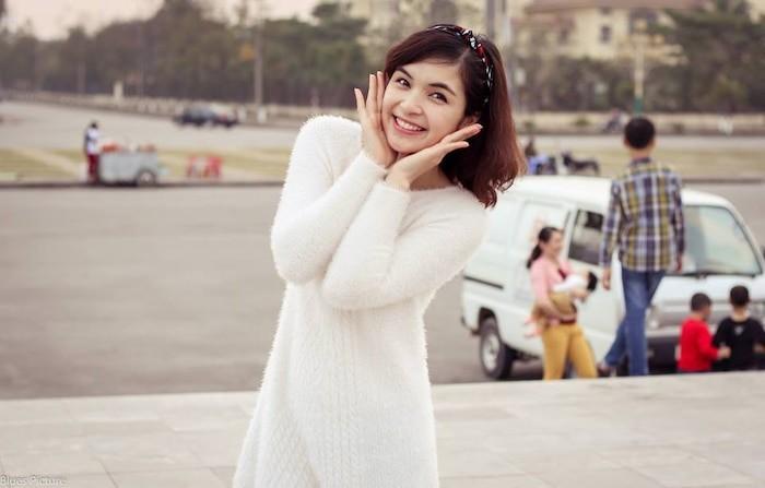 Chi gai Hoa Minzy bat ngo khoe anh dien bikini 'tha dang' goi cam-Hinh-4