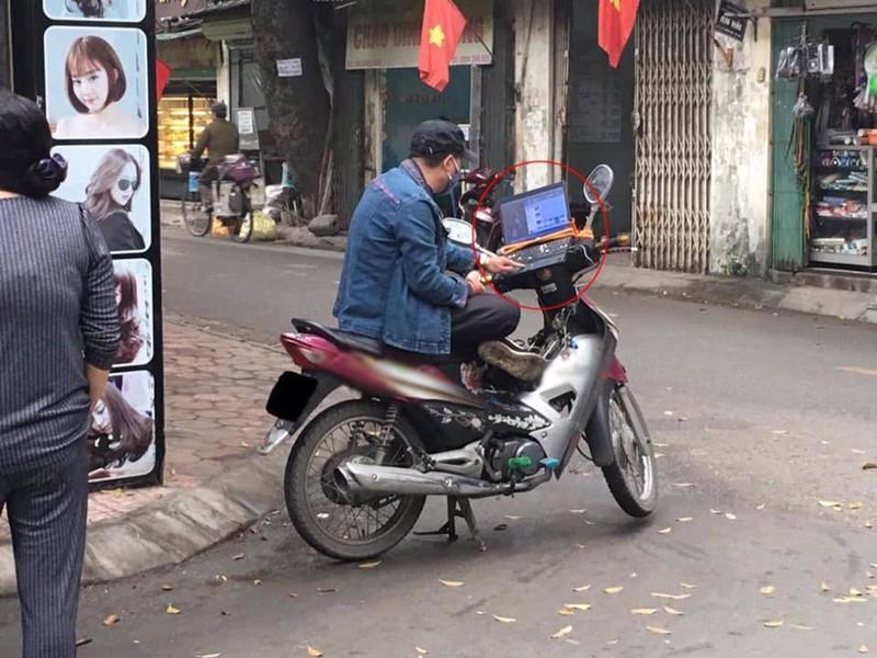 Bi che thieu hieu biet, anh xe om truyen thong lo than phan bat ngo-Hinh-2