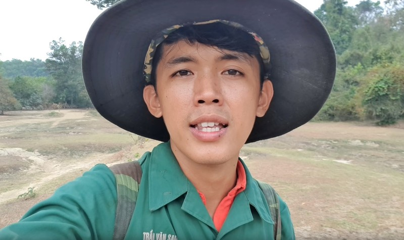 Chang phu ho la YouTuber ngheo nhat VN-Hinh-3