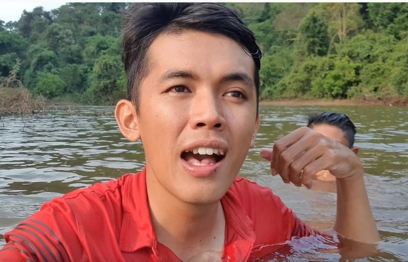 Chang phu ho la YouTuber ngheo nhat VN-Hinh-4