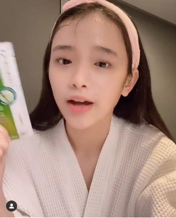Hot girl Linh Ka khoe mat moc xinh hon ca khi to son phan-Hinh-8