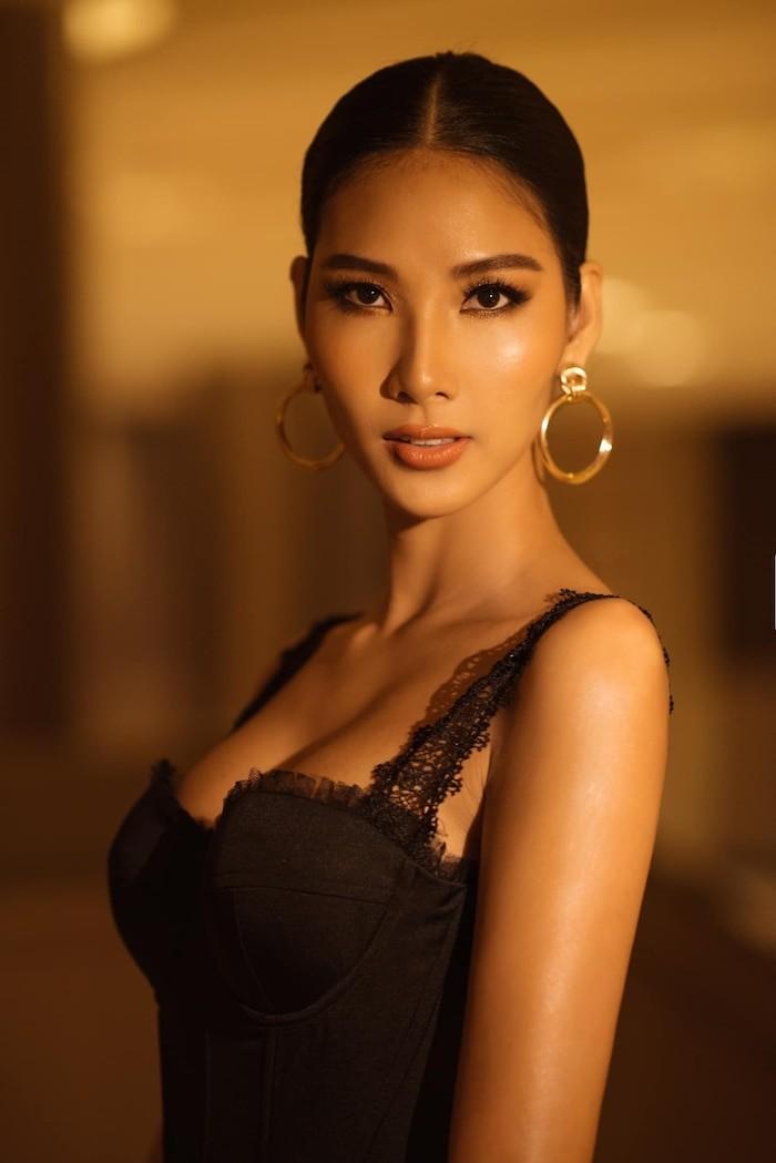 H'Hen Nie - Thuy Van ruc rich ket hon, Hoang Thuy tui than-Hinh-20