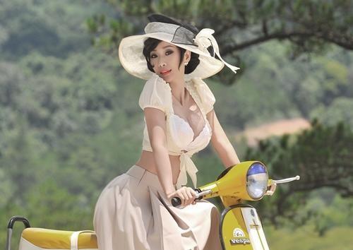 Le Kieu Nhu chuong style quyen ru o tuoi U40