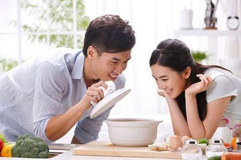 """Mua dich """"xoay chuyen duc ong chong"""", vo cuoi suong ron-Hinh-2"""